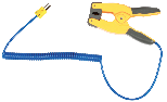 Clamp on probe for measurements on pipes