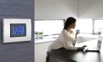 hiddenImg-Thermostat à écran tactile à encastrer